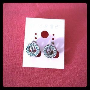 Jewelry - Fashion jewelry silver huggie earrings